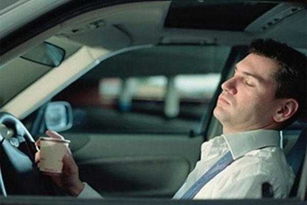 Как не уснуть за рулём машины