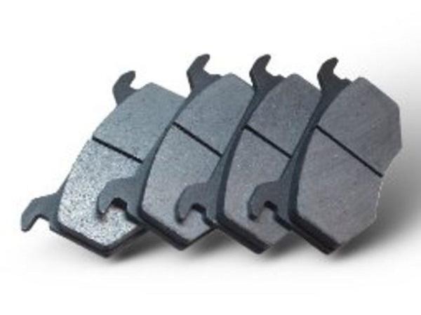 Как устранить скрип тормозов при торможении