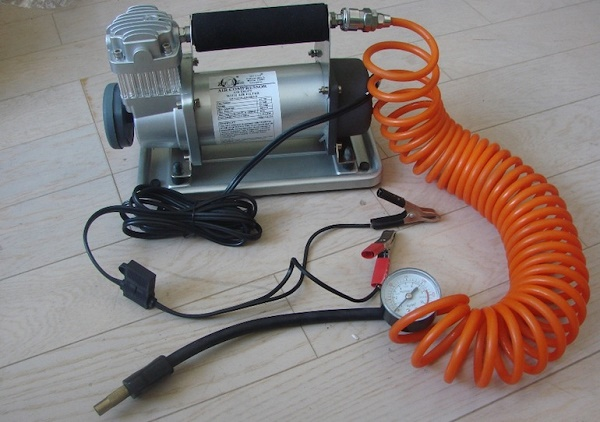 Как выбрать компрессор для подкачки шин?