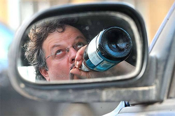 10 причин не пить алкоголь за рулём автомобиля