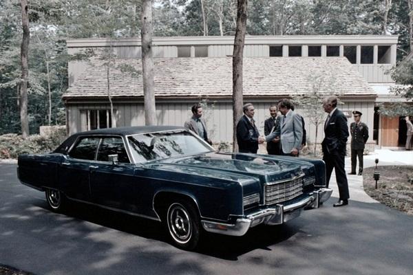 Топ 10 любимых автомобилей знаменитых людей